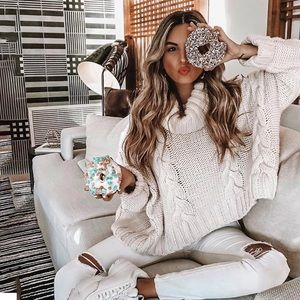Authentic Beautiful Thick Sweater.